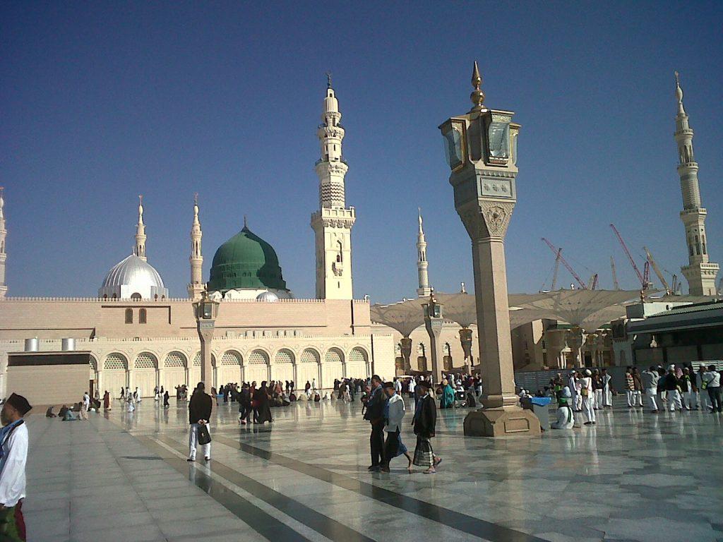 Ziarah ke Makam Rasulullah di Masjid Nabawi