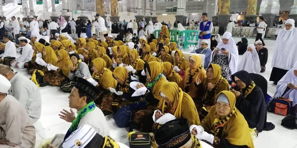 Biaya Program umroh murah Surabaya