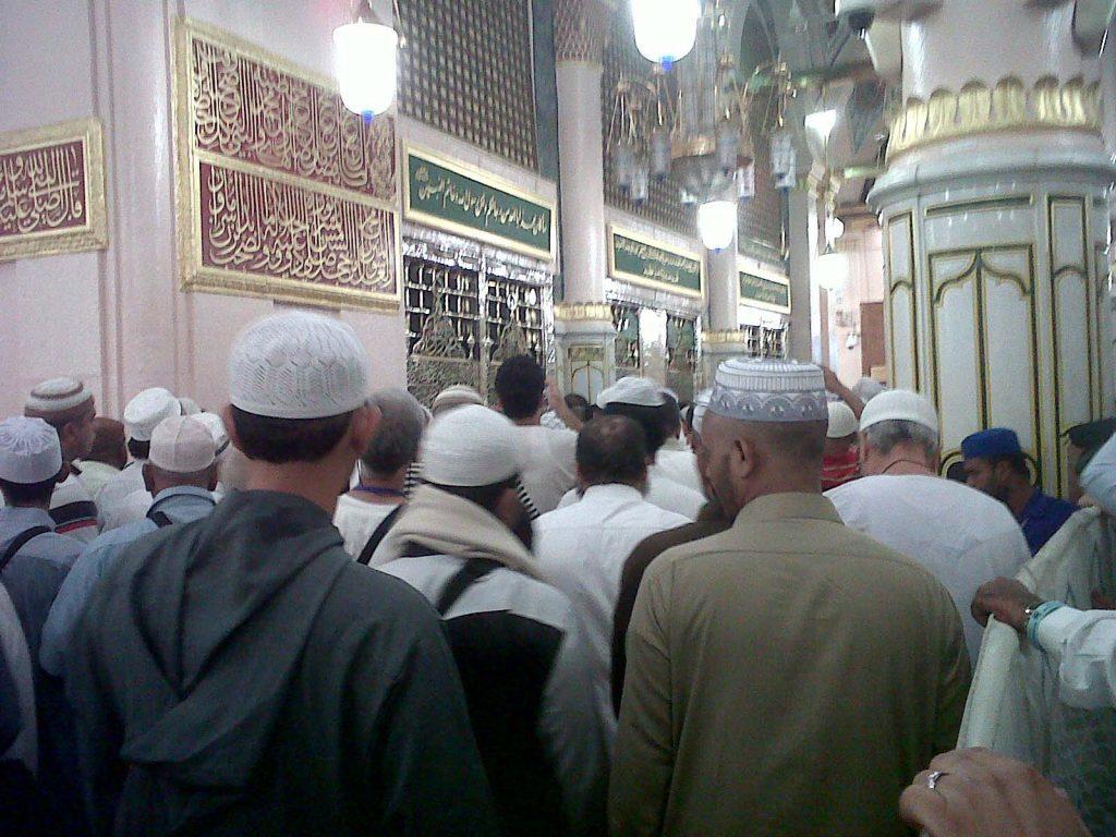 Umroh Murah Surabaya Harga Mulai Rp19,9 Juta Aman dan Terpercaya