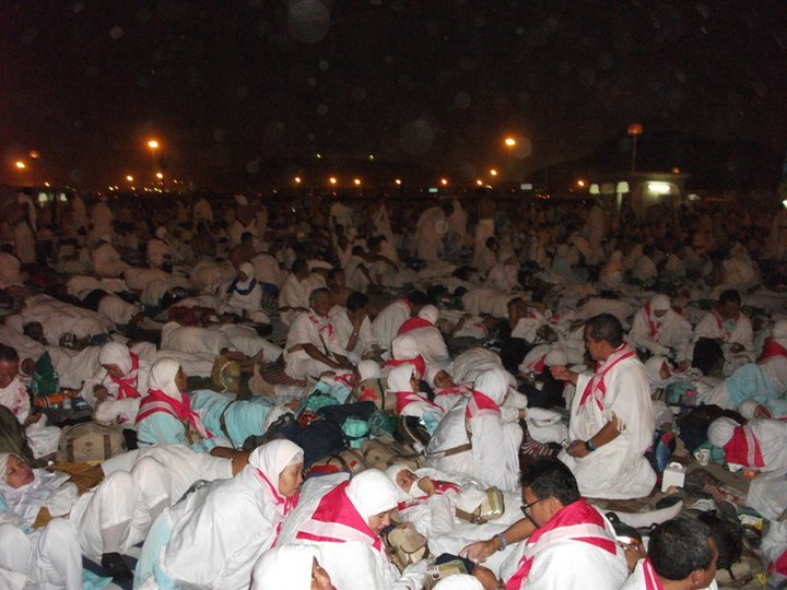 Jamaah Haji mabit di Muzdalifah