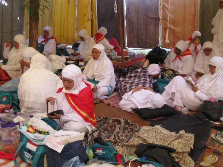 Hukum Berangkat Haji Bagi Wanita Tanpa Suami